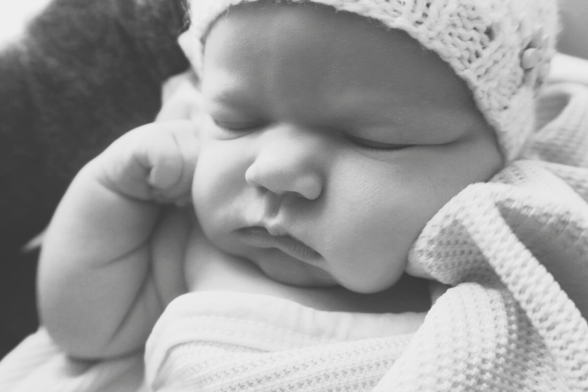newborn-baby-girl-black-white